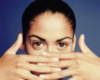 Mengapa Orang Mengalami Mata Gatal? penyebab umum dari kondisi